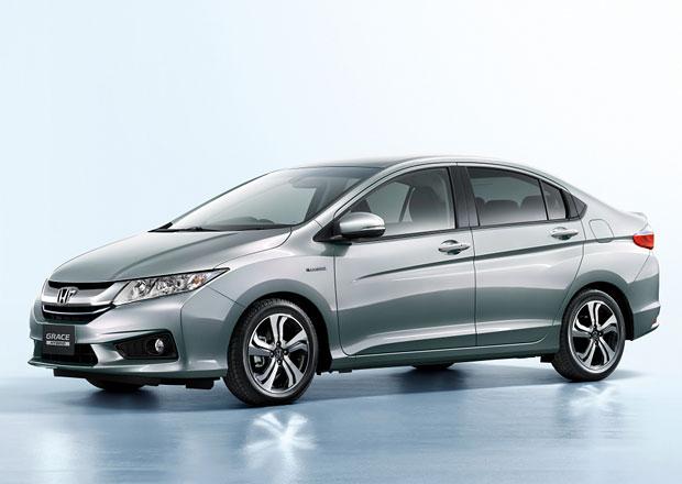 Honda Grace Hybrid: Jazz s kufrem dostal elektromotor
