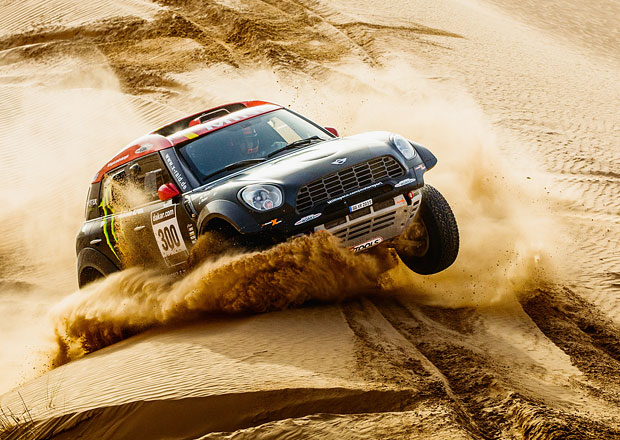 Mini posílá na Dakar 2015 deset aut (+video)