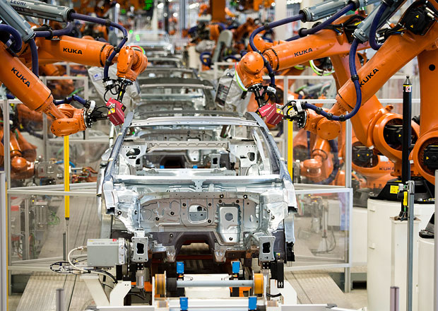 Volkswagen prý v efektivitě práce čím dál více zaostává za Toyotou