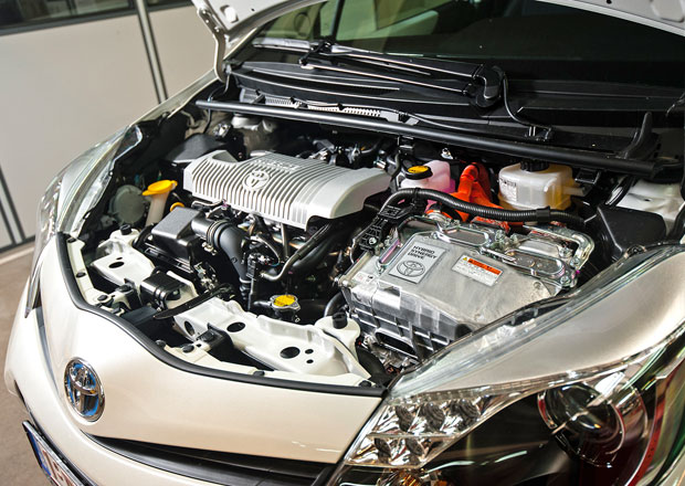 Toyota a Lexus Hybrid: Záruka na baterie až 11 let