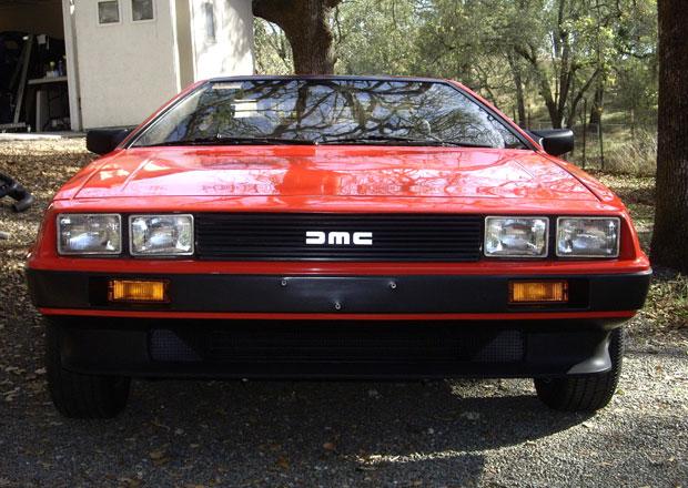 Neskutečně zachovalý DeLorean DMC-12 ujel od roku 1981 jen 1600 km