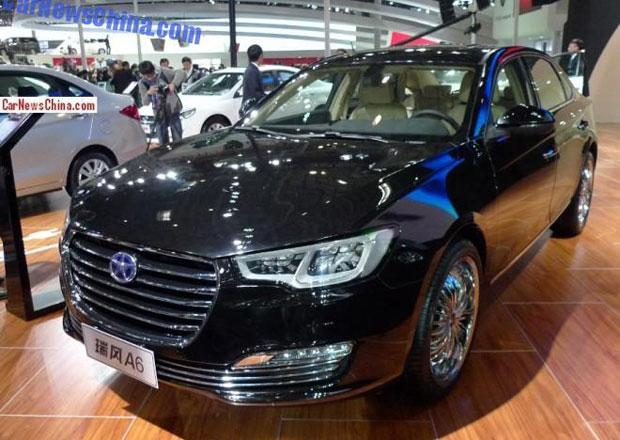 Čínský výrobce JAC postavil kopii Audi A6