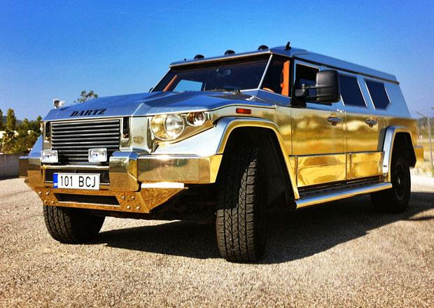 Opulentní zlaté SUV Dartz Prombron z filmu Diktátor je na prodej