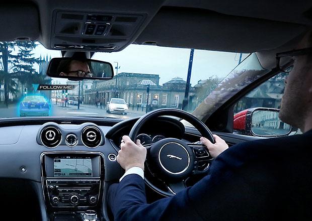 Průhledné sloupky Jaguaru řeší zhoršující se výhled z vozů (+video)