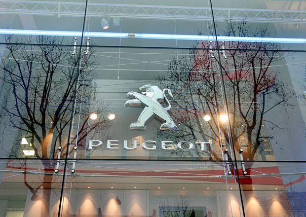 Odstěhuje se vedení Peugeot Citroën z Paříže?