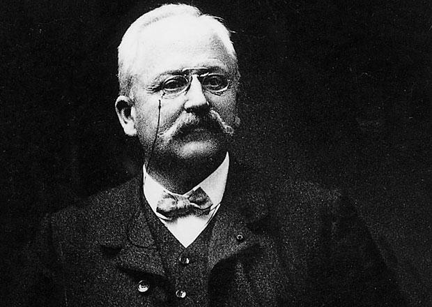 P�ed 100 lety zem�el zakladatel automobilky Peugeot