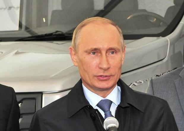 Putin podepsal zpřísnění trestů pro opilé řidiče