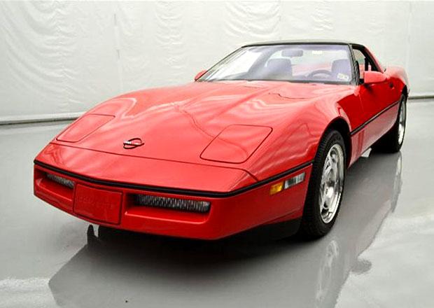 Chevrolet Corvette ZR-1 z roku 1990 s pouhými 204 km na eBay