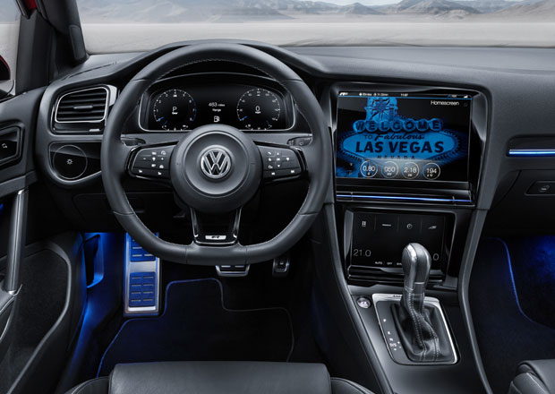 Volkswagen Golf R Touch ukazuje nové komunikační rozhraní