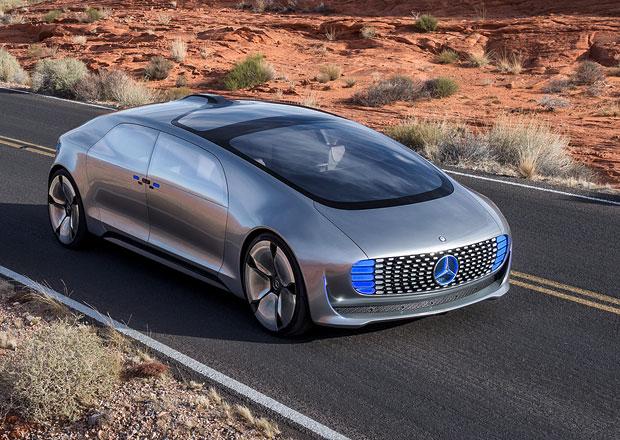 F 015 Luxury in Motion: Autonomní Mercedes se představil na CES