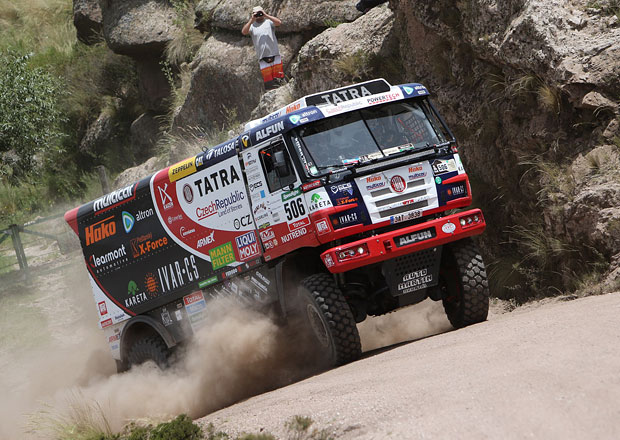Rallye Dakar, 2. etapa: Náročná a dlouhá etapa zamíchala výsledky (+ video)