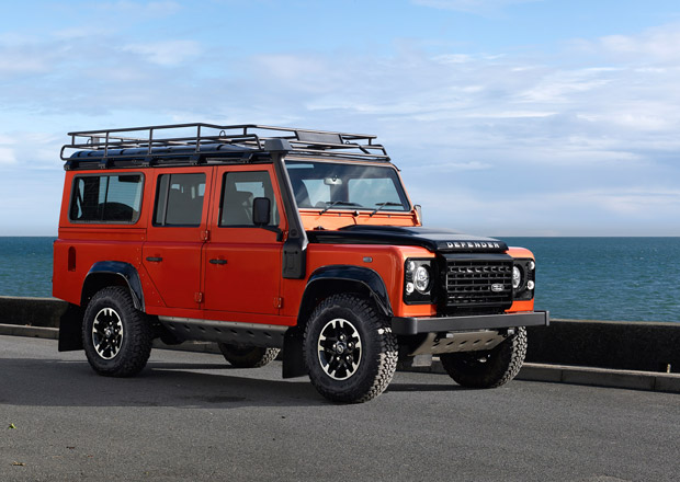Land Rover uvádí limitované edice Defenderu (+video)