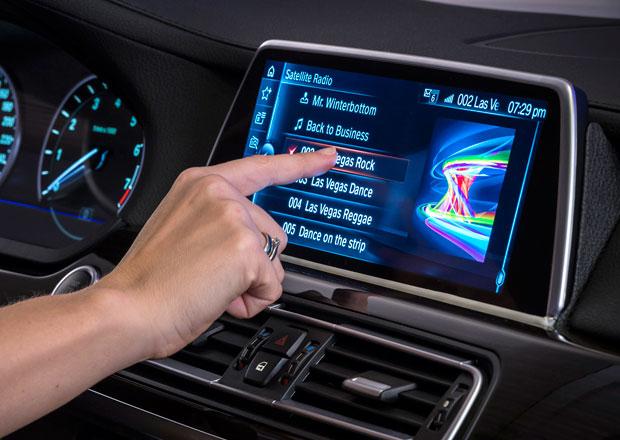 BMW představuje radikální změnu systému iDrive