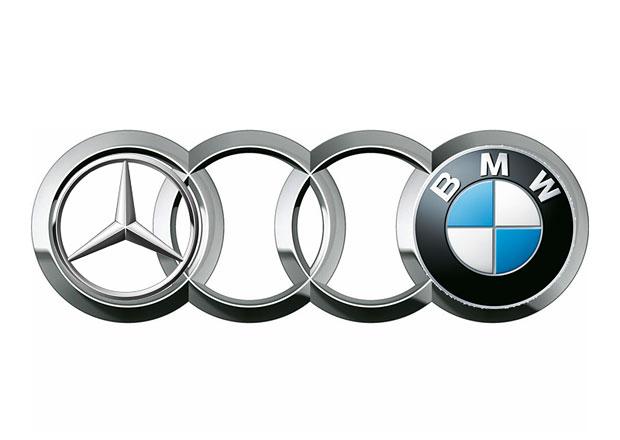 Boj německé prémiové trojky: Mercedes v pololetí předstihl BMW