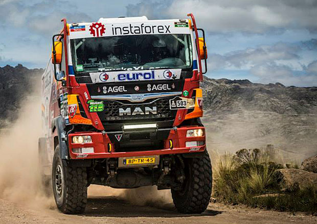 Dakar 2015, 7. etapa: Loprais triumfoval, De Villiers snížil náskok (+video)