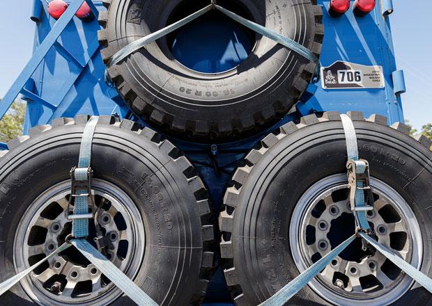 Martin Koloc živě: Dakar je soubojem pneumatik