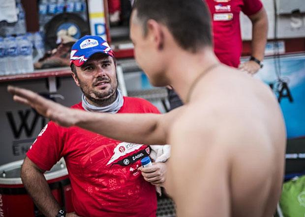 Rallye Dakar, 10. etapa: Loprais se dr��, Kolom� kv�li ��zen� hodn� ztratil