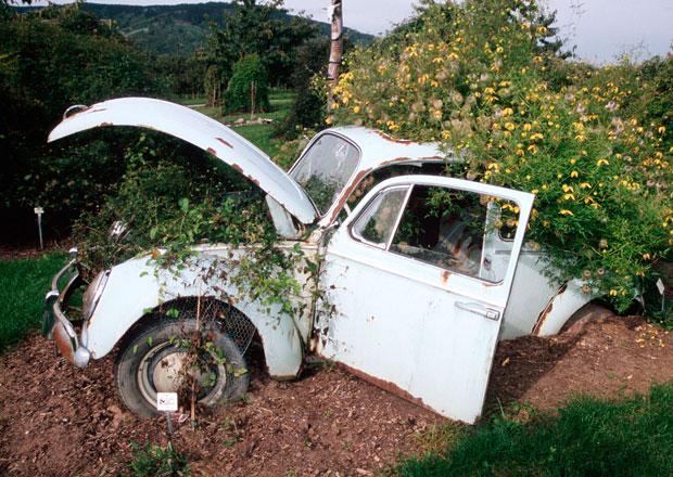 ČKP doporučuje pojišťovnám, aby hradily škody za administrativně zaniklé vozy