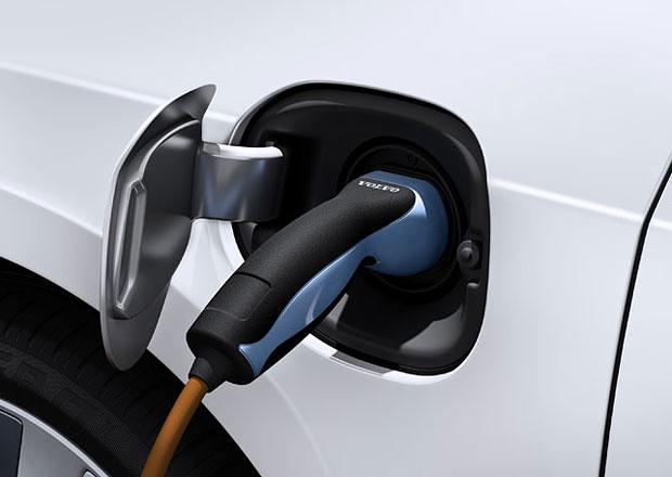 Volvo vyvíjí své plug-in hybridy, budoucnost ale vidí v elektromobilech