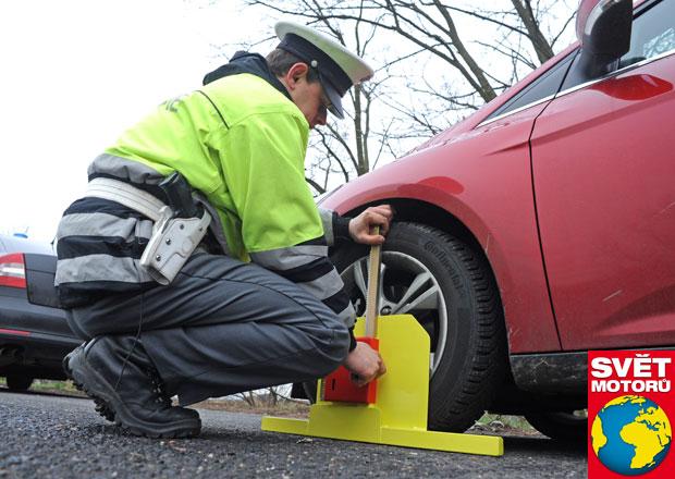 Víte, za co vám letos policisté seberou malý technický průkaz?