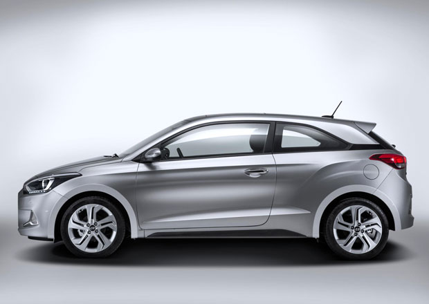 Hyundai i20 Coupe je o 95.000 Kč dražší než hatchback se stejným motorem