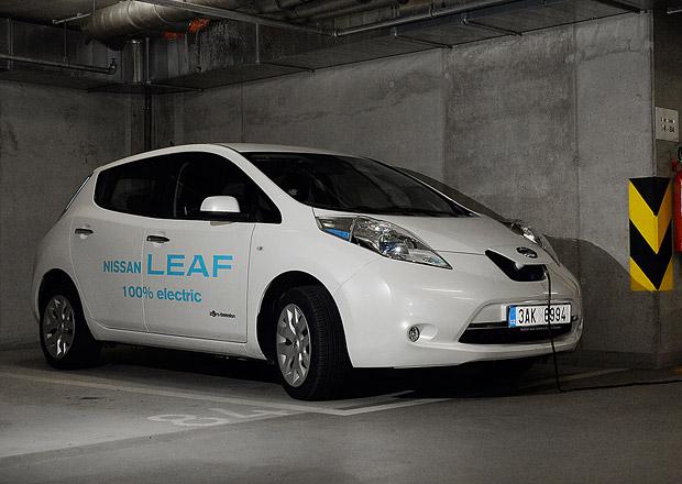 Francouzská vláda dá zájemcům o elektromobily dotaci až 10.000 eur