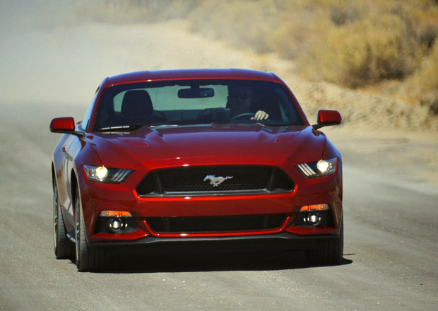 Ford Mustang: Z 0 na 100 km/h pod 5,0 s (+video)