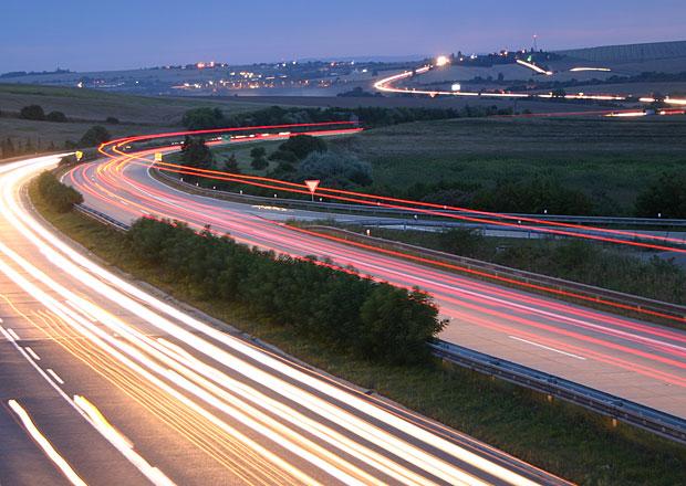 Dálnici D1 u Ostrovačic opraví Skanska, byť nenabídla nejnižší cenu