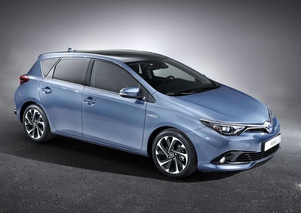 Toyota Auris facelift: Sv�� vzhled a ��inn�j�� motory