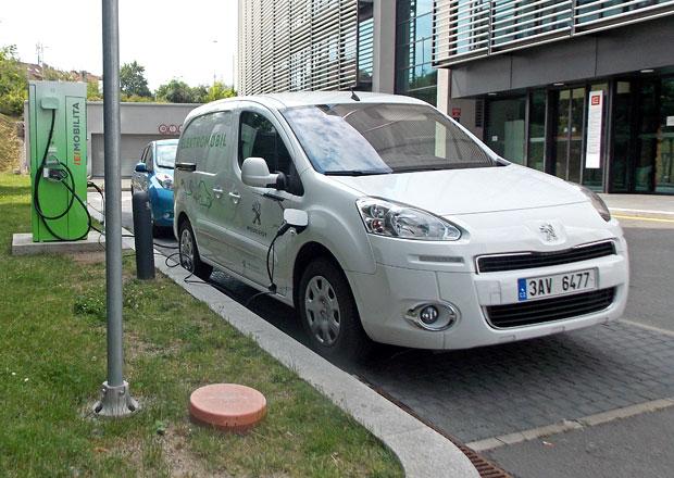 Peugeot Partner Electric: Dojezd a dob�jen�