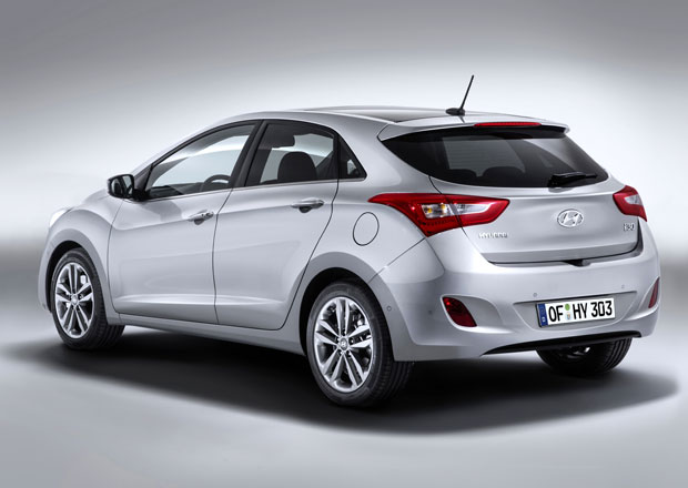 Hyundai i30: Modernizovan� ni��� st�edn� z No�ovic od 299.990 K�