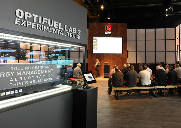 Renault Trucks Square: Nový showroom francouzské značky