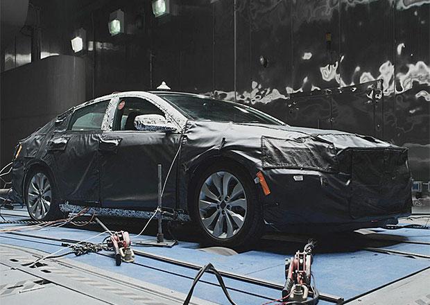 Chevrolet Malibu: Premiéra 1. dubna, záběry z testů již nyní (+video)