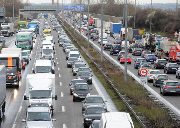 Evropská komise navrhuje kompromis pro německé dálniční mýtné