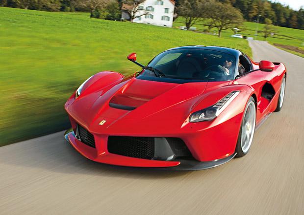 Ferrari bude od roku 2019 prodávat jen... Hybridy!