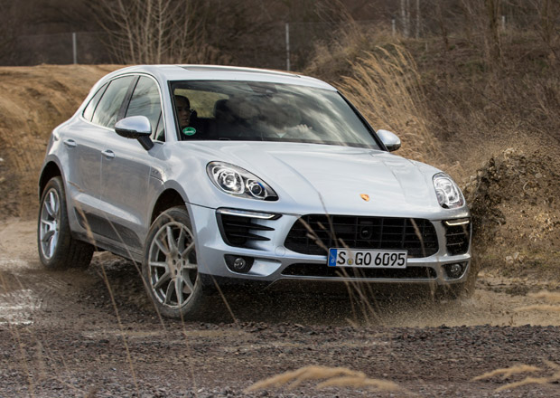 Zam�stnanci Porsche dostanou odm�ny ve v�i 8.600 eur