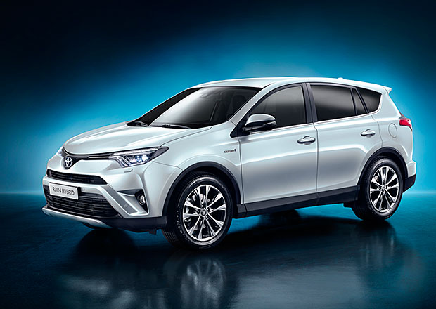 Toyota RAV4 vmodernizované podobě ijako Hybrid (+video)