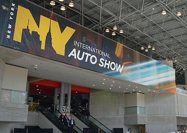 Autosalon v New Yorku 2015: Velká fotogalerie