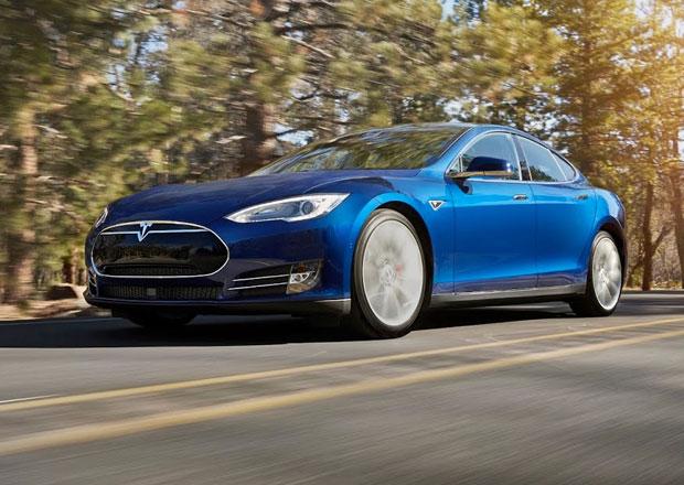 Tesla Model S 70D: Nov� z�klad m� pohon v�ech kol