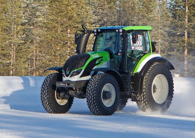 Nokian Tyres a Valtra: Nový světový rychlostní rekord pro traktor (+video)