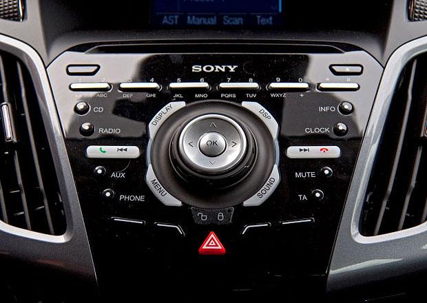 Výrobci elektroniky chtějí ve větší míře prostoupit do autoprůmyslu