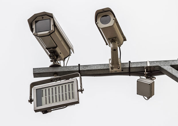 Radary pro úsekové měření se na D1 objeví nejdřív v závěru roku