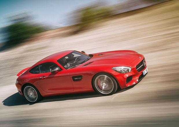 Mercedes-AMG GT4: Trojcípá hvězda půjde po krku Panameře