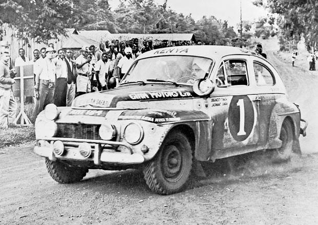 Volvo si připomíná 50 let od vítězství PV544 vdrsné rallye Safari