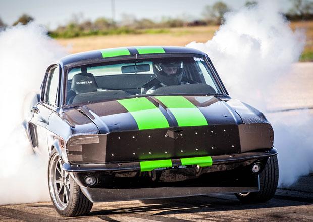 Zombie 222 aneb elektrický Ford Mustang z roku 1968 (+video)