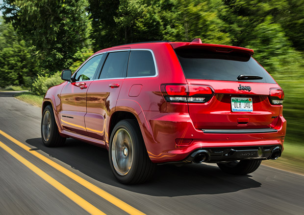 Jeep Grand Cherokee Trackhawk by mohl dostat motor z Chargeru Hellcat