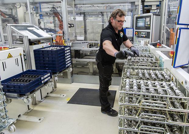 Mercedes-Benz výrazně modernizuje své německé továrny