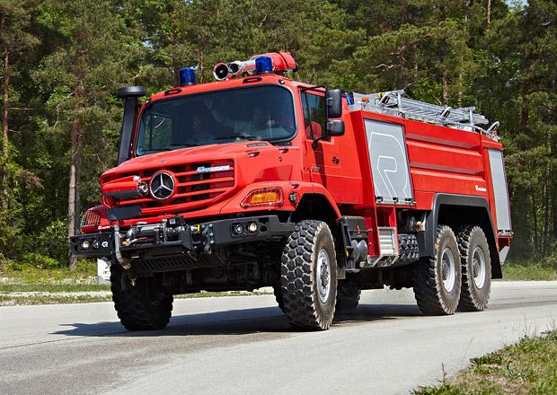 Mercedes-Benz Zetros pro boj s ohněm
