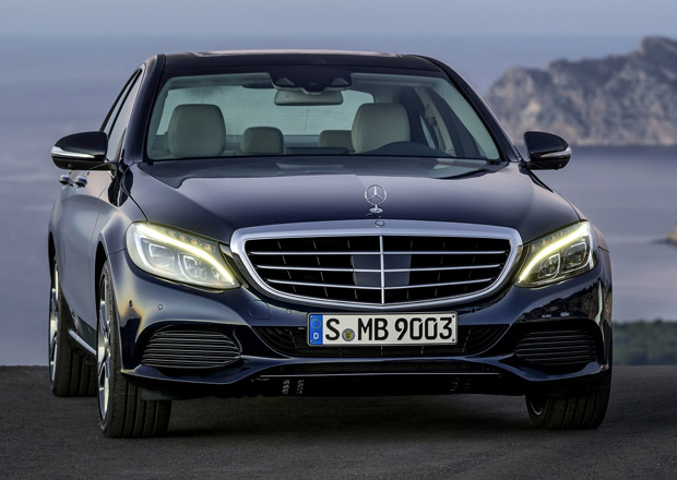 Mercedes-Benz zvažuje oplastované verze modelů C a E