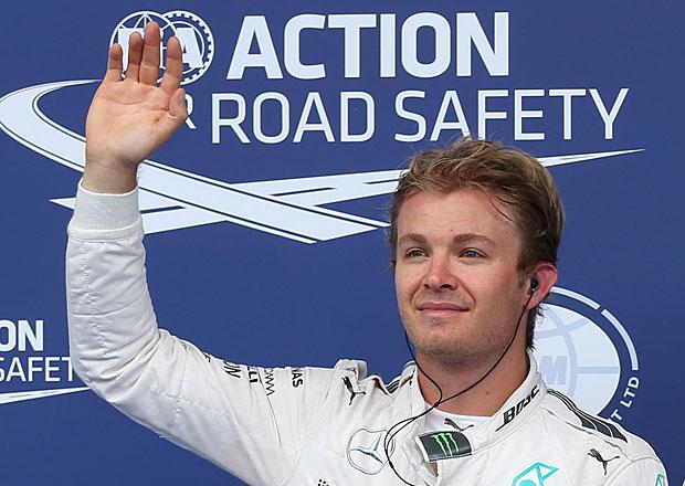 VC Rakouska F1 2015: Vítězství pro Rosberga, trest pro Hamiltona